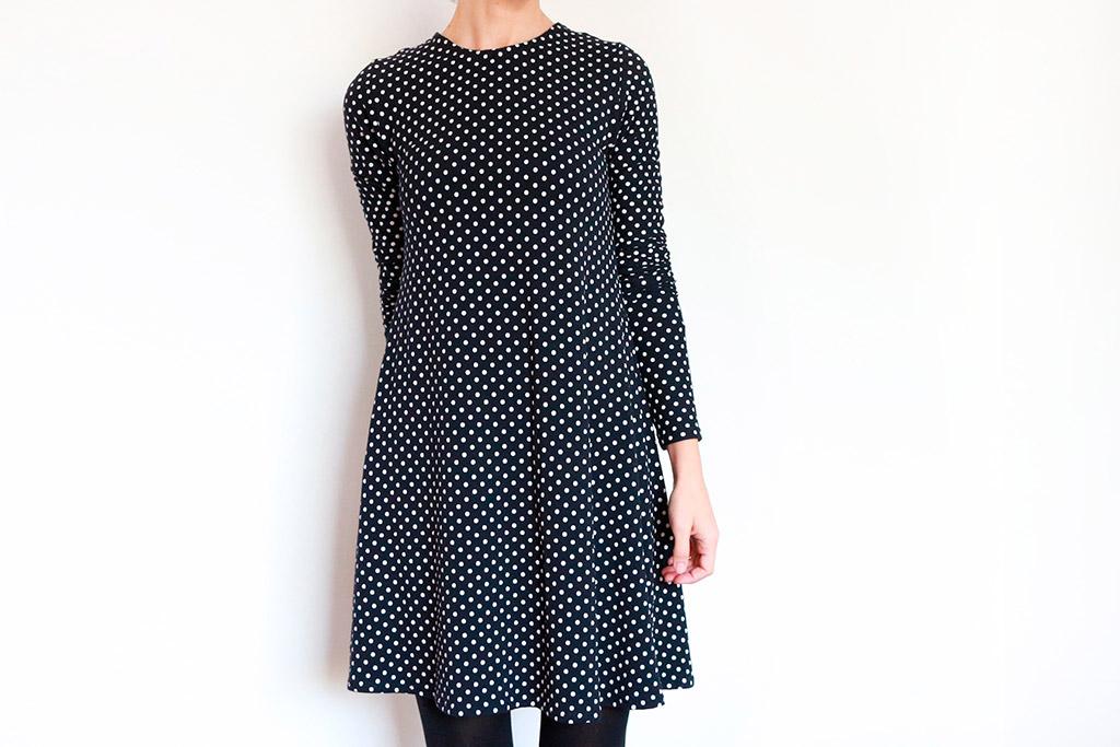 vestido corto con caída